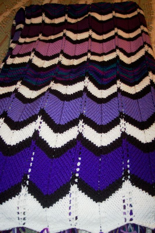 Knitted Zig Zag Afghan Pattern : Knitters Blog - ZigZag Afghan